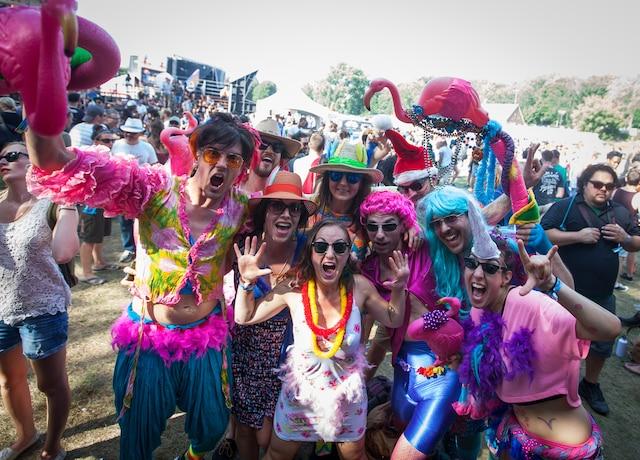 C'était la fête pour ces festivaliers qui ont agencé leurs déguisements.