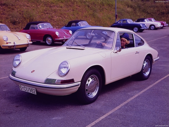 Les premières 911 vendues en Amérique coûtaient à l'époque 6500 $ US.