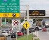 Le maire Régis Labeaume propose d'implanter des voies réversibles sur le pont Pierre-Laporte pour réduire la congestion. Une option à court terme, selon Lévis.