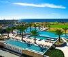 Un vrai paradis pour les golfeurs! L'hôtel est situé au cœur de deux parcours de neuf trous aménagés par les légendes du golf Jack Nicklaus et Greg Norman. Plusieurs autres terrains de calibre international sont situés à proximité.