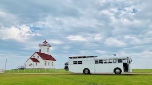Image principale de l'article Vivez la «van life» dans ce bus transformé