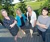 De gauche à droite: Véronique Perrault, Christine Gingras, Nancy Wood et Sonia Grenon. Ensemble, ces quatre mères dont les enfants ont subi des intimidations dans une école privée dénoncent les mesures mises en place pour gérer ces cas.