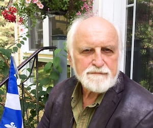 Le président de l'organisme de défense de la langue française Impératif français, Jean-Paul Perreault, exige que les gouvernements en fassent plus pour encourager l'utilisation du français au Canada.
