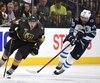 Nate Schmidt des Golden Knights et Blake Wheeler des Jets de Winnipeg
