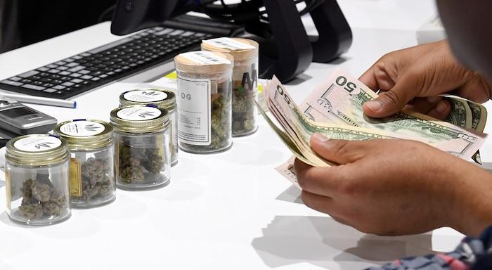 La première année, la Société québécoise de cannabis pourra-t-elle répondre à la demande des consommateurs québécois avec ses 15 boutiques et sa réserve de 62 tonnes de pot?