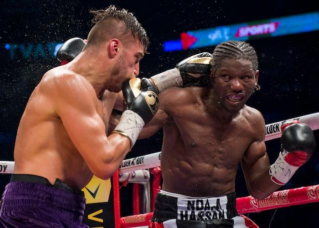 Le boxeur québécois David Lemieux a mis la main sur la ceinture des poids moyens de l'IBF en l'emportant par décision unanime des juges face au Français Hassan N'Dam, samedi soir, au Centre Bell.