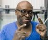 Didier Lucien signe la mise en scène de L'amour et les extraterrestres, l'un des deux spectacles qui seront présentés par les finissants de l'École nationale de cirque à la TOHU à compter de mardi.