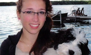 Rehtaeh Parsons s'est enlevé la vie après voir été victime de cyberintimidation, à la suite d'un viol collectif dont une image a été diffusée en ligne.
