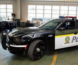 La nouvelle apparence des voitures de la Sûreté du Québec permettra d'accroître la visibilité et la sécurité des patrouilleurs.