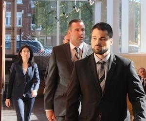 Marc-André St-Amant suivi de Kaven Deslauriers, de Dominic Pronovost et de Barbara Provencher sont accusés de brutalité policière.