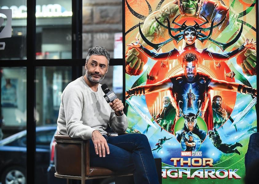 Récemment, l'acteur a été vu avec le réalisateur du film Thor: Love and Thunder, Taika Waititi.