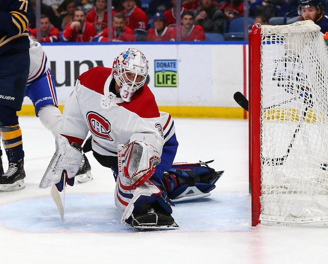 BUFFALO, NY - MARCH 23: Antti Niemi #37 of the Montreal Canadiens makes a glove save against the Buffalo Sabres during the second period at KeyBank Center on March 23, 2018 in Buffalo, New York.   Kevin Hoffman/Getty Images/AFP == FOR NEWSPAPERS, INTERNET, TELCOS & TELEVISION USE ONLY ==