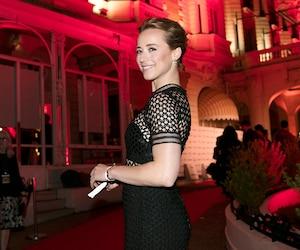 Karine Vanasse reprend le rôle de l'enquêtrice Lise Delorme dans la deuxième saison de Cardinal.