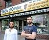Salimy Haidar et Ali Haidar aimeraient moderniser la vitrine de leur épicerie mais craignent de se faire vandaliser par des militants anti-embourgeoisement qui visent certains commerces de Saint-Henri.