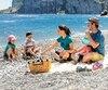 La plage de galets de Cap Bon-Ami, au parc national Forillon.