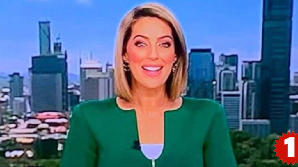 La «veste pénis» d'une lectrice de nouvelles australienne fait (encore) sensation sur le web