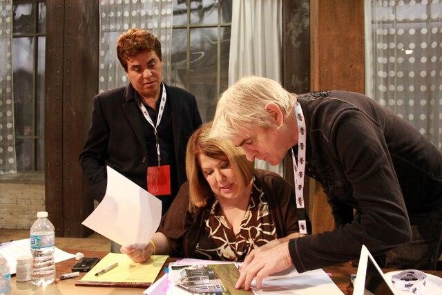Anne-France Goldwater, avec à sa droite son conjoint Leonel, et Yves Thériault.