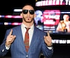 Portant de grosses lunettes de soleil, Jonathan Meunier n'est pas passé inaperçu lors de la conférence de presse dévoilant les détails du gala TKO43 qui aura lieu au Centre Vidéotron, le 4mai prochain.