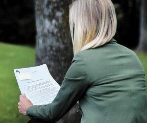 L'ex-employée de Revenu Québec, qui souhaite garder l'anonymat, a reçu, mardi, une lettre l'informant qu'elle fait partie des victimes du récent bris de confidentialité.