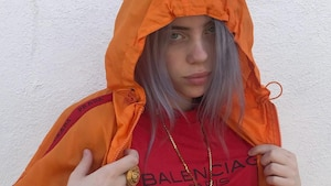 Billie Eilish raconte en détail son premier baiser