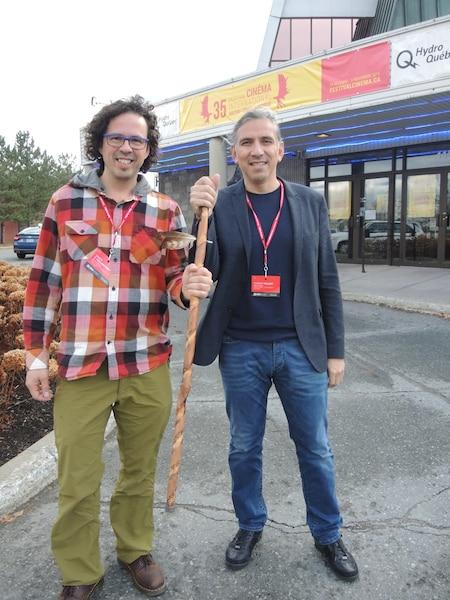 Le réalisateur Simon Vaillancourt et le Dr Stanley Vollant ont été émus par l'accueil du film lors du 35e Festival du cinéma international en Abitibi-Témiscamingue dimanche après-midi.