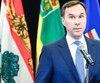 À la réunion des ministres des Finances du pays, le ministre fédéral Bill Morneau a dit qu'il n'allait pas revoir la méthode de calcul de la péréquation avant cinqans.