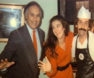René Angélil et Céline Dion en compagnie du propriétaire du Pat Rétro, Simon Wilson.