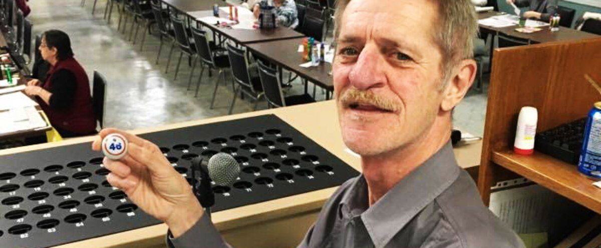 Il prend sa retraite apr s 46 ans animer le bingo jdm - Un retraite peut il se porter garant ...