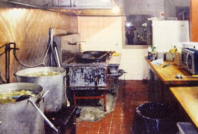 On passe du moisi la souris au resto pho 2000 jdm for Article de cuisine montreal