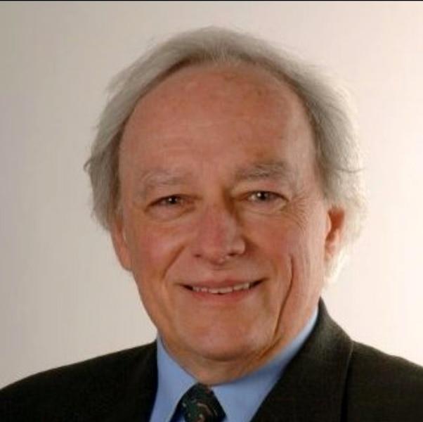 Serge Viau, architecte et  urbaniste émérite,ancien directeur général de la Ville de Québec.