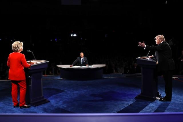 Dans une ambiance tendue remplie d'échanges musclés, les rivaux Donald Trump et Hillary Clinton ont débattu sur l'économie et la sécurité dans ce premier débat.