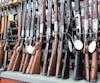 Signaler une personne avec des difficultés peut permettre de l'aider en restreignant son accès des armes à feu.