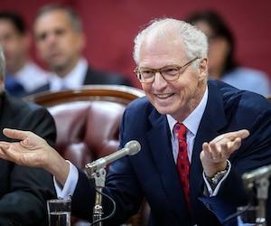 Malgré ce changement de statut, le président de Power Corporation, André Desmarais, s'attend à ce que la mission de La Presse demeure sensiblement la même.