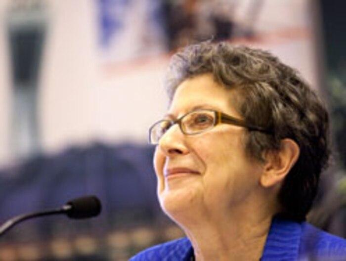 Mme Lise Bissonnette