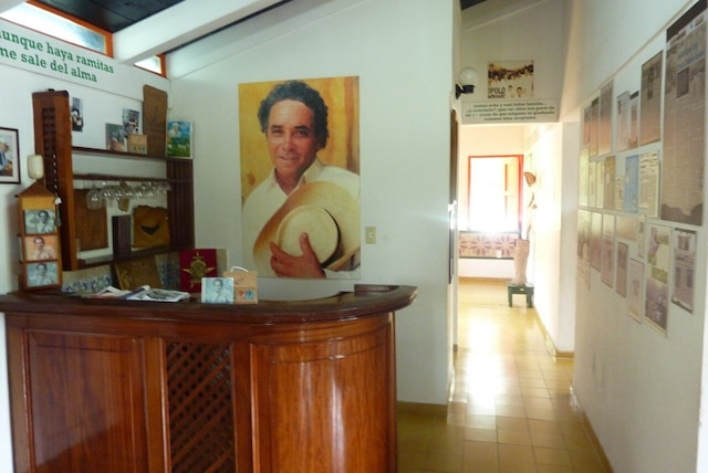 L'intérieur de la maison-musée du chanteur.