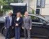 Sur la photo: le président de la Coop, Georges Tannous; la ministre responsable de la région de Laval, Francine Charbonneau et le maire de Laval, Marc Demers.