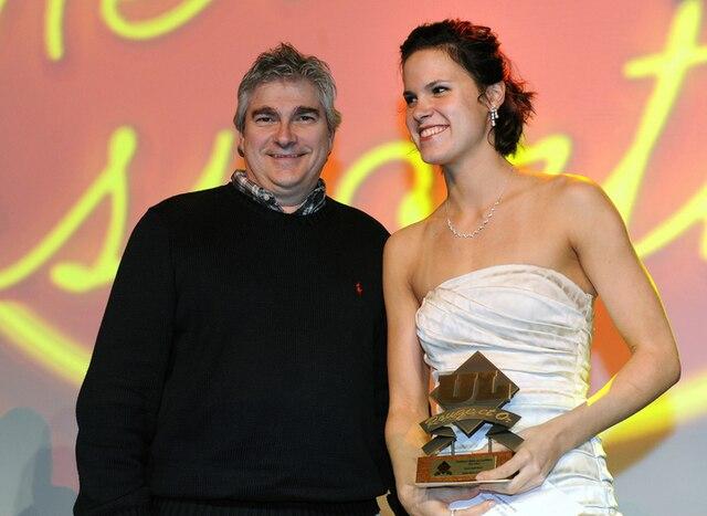 61e Gala du Mérite sportif Rouge et Or de l'Université Laval mardi le 10 Avril 2012 a Quebec. Gagnante du prix étudiante-Athlete sport individuel, Genevieve Cantin en Natation.SIMON CLARK/JOURNAL DE QUEBEC/AGENCE QMI