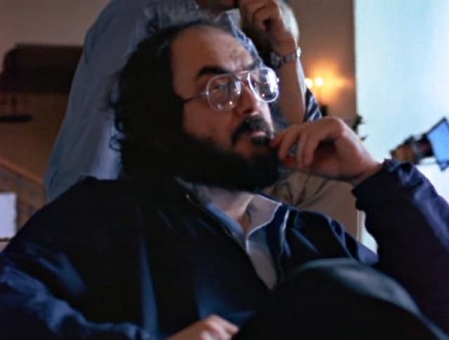 Stanley Kubrick sur le plateau du film Shining, l'enfant lumière