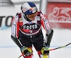 Le Québécois Erik Guay se serait blessé au dos et sa participation aux Jeux olympiques serait compromise.