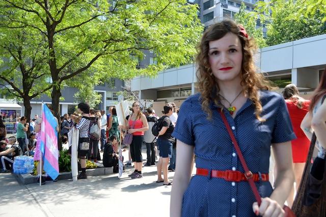 Caroline Trottier-Gascon exhorte Québec à faire adopter le projet de loi touchant les personnes trans.