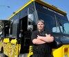 Le propriétaire du camion des Recettes Paumées, Étienne Nadeau, déplore le manque d'ouverture de la Ville de Québec. Il n'a pas encore décidé s'il renouvelera l'expérience l'année prochaine.
