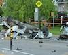 Un chauffard pris en chasse par les policiers sur le boulevard Saint-Laurent, à Sainte-Catherine, sur la Rive-Sud, a frappé de plein fouet cette voiture stationnée qui a été projetée sur une vingtaine de mètres en plus de faire quelques tonneaux.