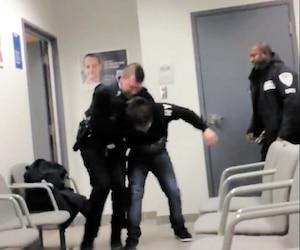 La vidéo montrant le constable spécial tentant de maitriser Steven Bertrand devant les agents de sécurité qui ne l'aident pas a été vue deux millions de fois.