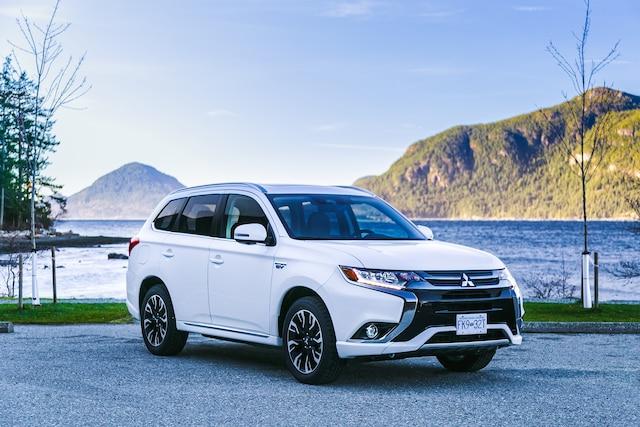 Mitsubishi Outlander PHEV: sans essence, mais à quel prix? 4884aa5e-9614-4977-931f-b01a3ae46ab5_ORIGINAL