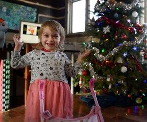 La petite Morgane n'a jamais eu autant d'énergie que depuis l'opération qui devait régler ses problèmes de spasticité. Alors que les médecins suggéraient à ses parents de mettre fin aux soins à sa naissance, la petite mènera une vie tout à fait normale.
