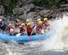 En fin de semaine, la gent féminine découvre ou redécouvre les plaisirs du rafting sur l'excitante rivière Mistassini.