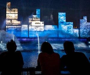 Le spectacle multimedia « Montréal Avudo » dans le cadre des célébrations du 375e de Montréal.