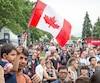 Dans le Vieux-Port, les gens sont venus en grand nombre pour participer aux activités de la fête du Canada, samedi.