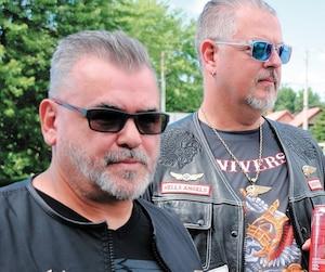 Les Hells Angels Eric Bouffard, Frédéric Landry-Hétu et Guy Dubé, qui avaient accordé une rare entrevue au Journal et à TVA Nouvelles en août 2018, à Saint-Charles-sur-Richelieu, réclament chacun plus de 3 millions $ au gouvernement du Québec.
