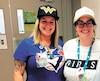 Des infirmières de l'hôpital de Mont-Laurier ont troqué l'uniforme habituel pour un t-shirt et une casquette.